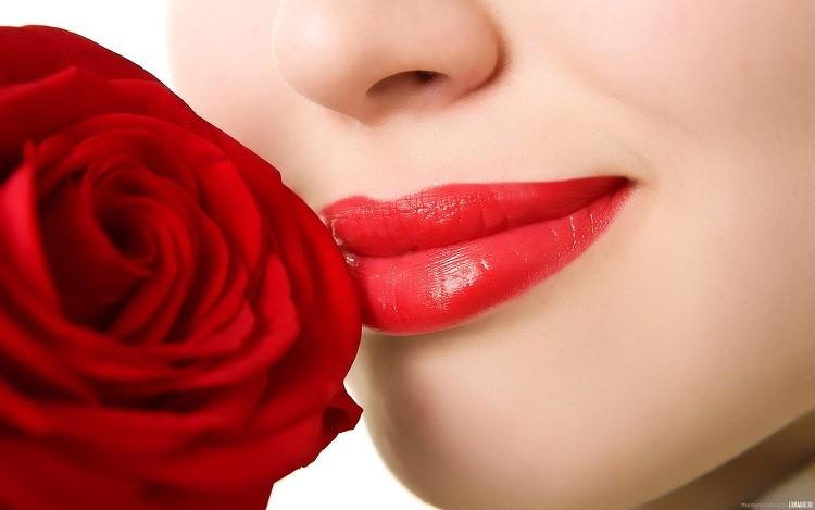 10 cách trị thâm môi cho môi hồng xinh xắn hiệu quả bất ngờ
