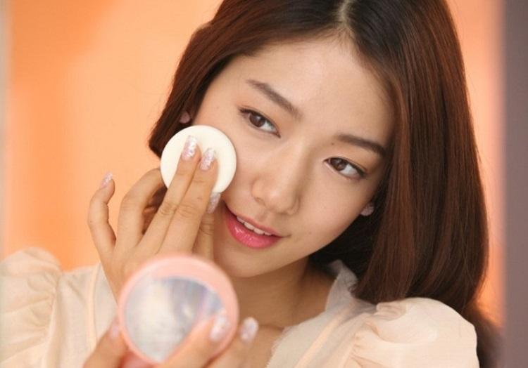 Quy trình 10 bước cơ bản trong cách chăm sóc da mặt của người Hàn