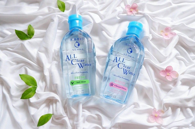 Review nước tẩy trang Senka All Clear Water của Nhật