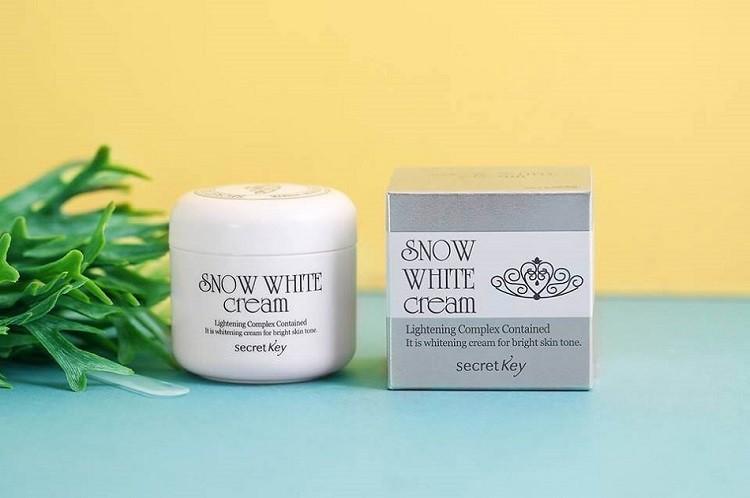 Review kem dưỡng trắng da Snow White Milky Cream