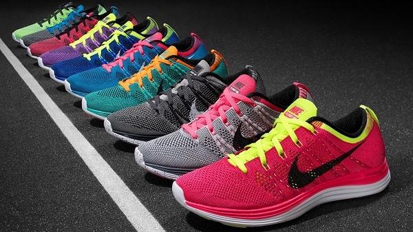Cách săn giày đá bóng Nike chính hãng giảm giá