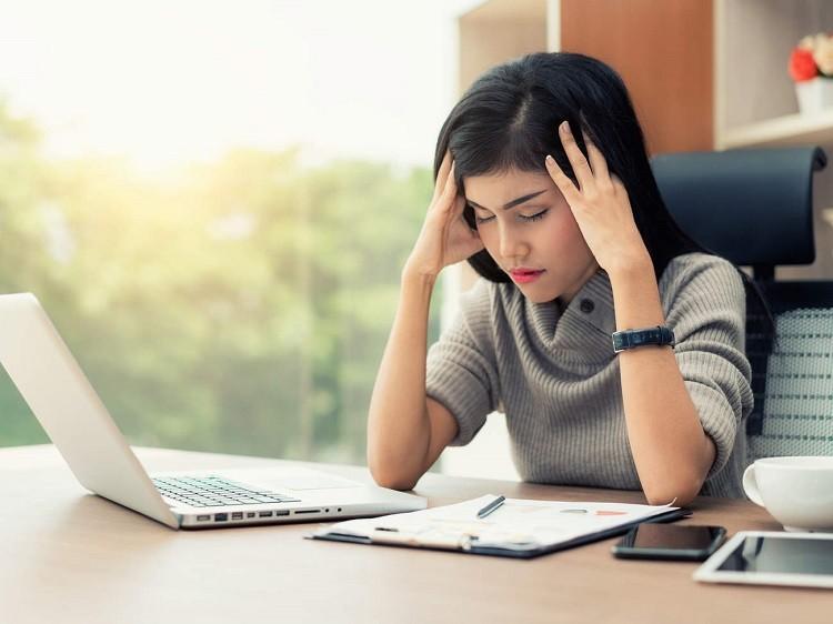 Phải làm việc trong môi trường căng thẳng