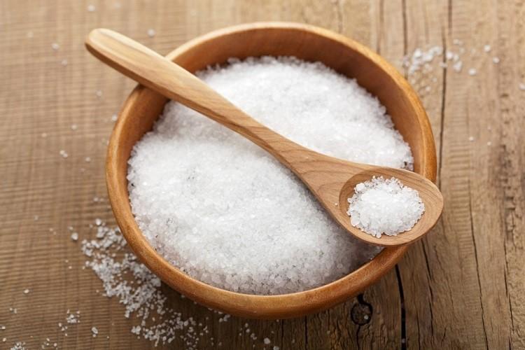 tẩy da chết bằng muối