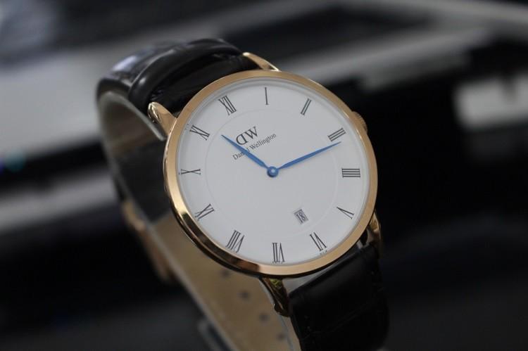 Đồng hồ Daniel Wellington DW00100085