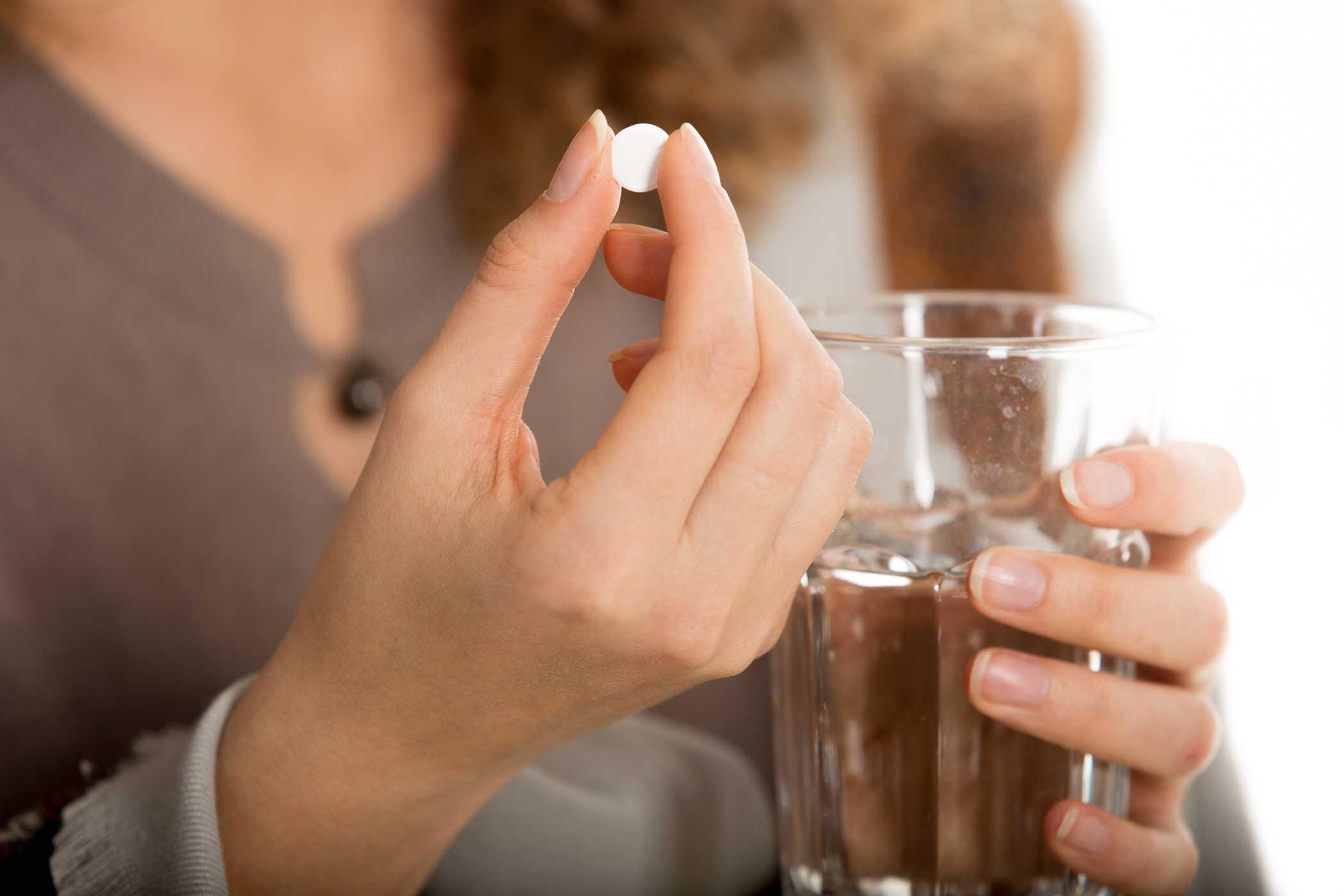 Sử dụng viên uống trắng da giúp bạn tiết kiệm được thời gian