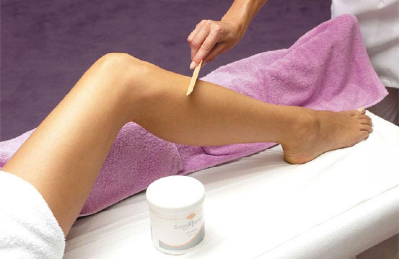 Làm sạch da trước khi thoa kem