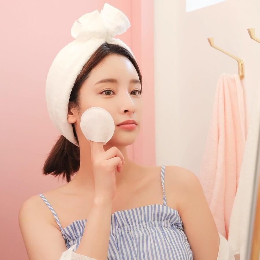 các bước skincare đầy đủ, 7 bước skin care, thứ tự các bước skin care, những bước skincare cơ bản, quy trình skincare cơ bản, các bước skincare cơ bản cho da dầu, 5 bước skincare cơ bản