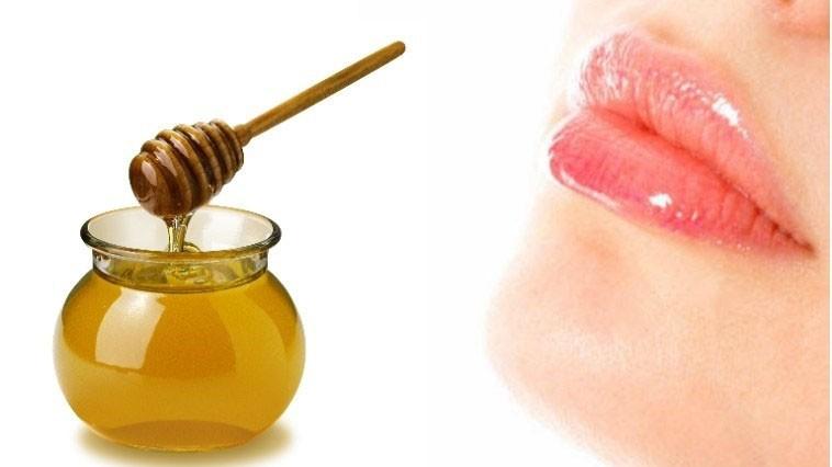 cách trị môi khô nứt nẻ tại nhà, cách chữa môi khô nứt nẻ bằng mật ong, cách trị môi khô nứt nẻ vào mùa đông, các cách trị môi khô nứt nẻ